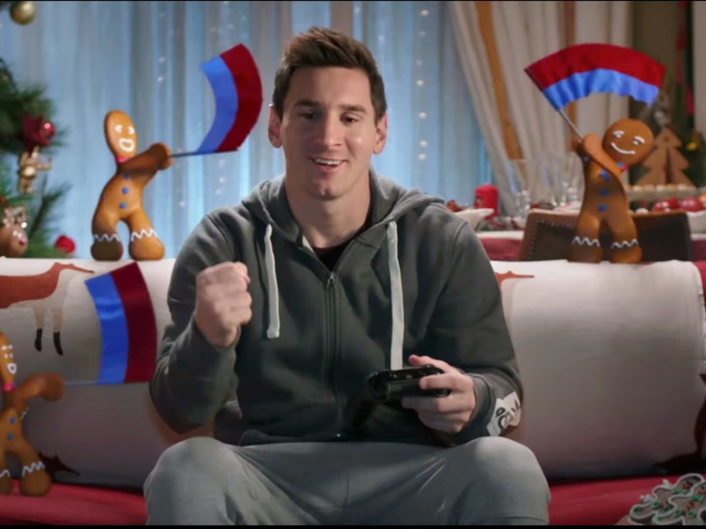 "EA Sports FIFA ""Messi vs Hazard"""
