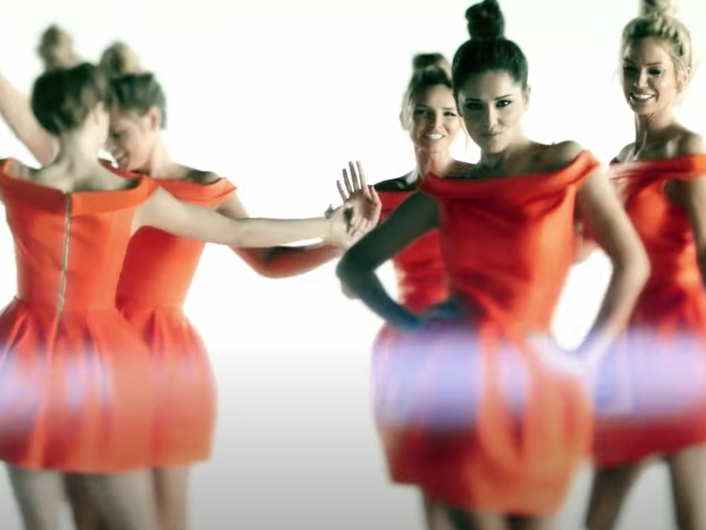 "Girls Aloud ""Something new"""