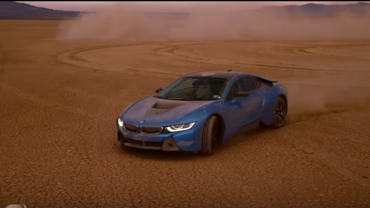 "BMW i8 & Formula E ""EV Dream Drive"""