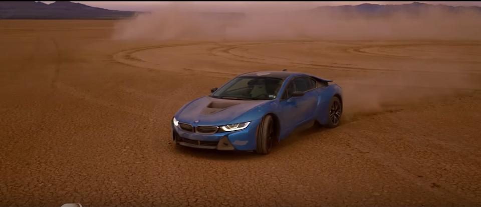 BMW i8 EV Dream Drive: Formula E -