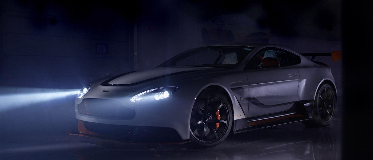 Aston Martin - GT12