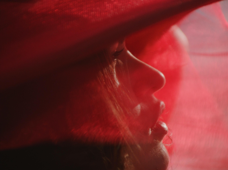 '4th Wave' Savanah Leaf for Tribeca Studios