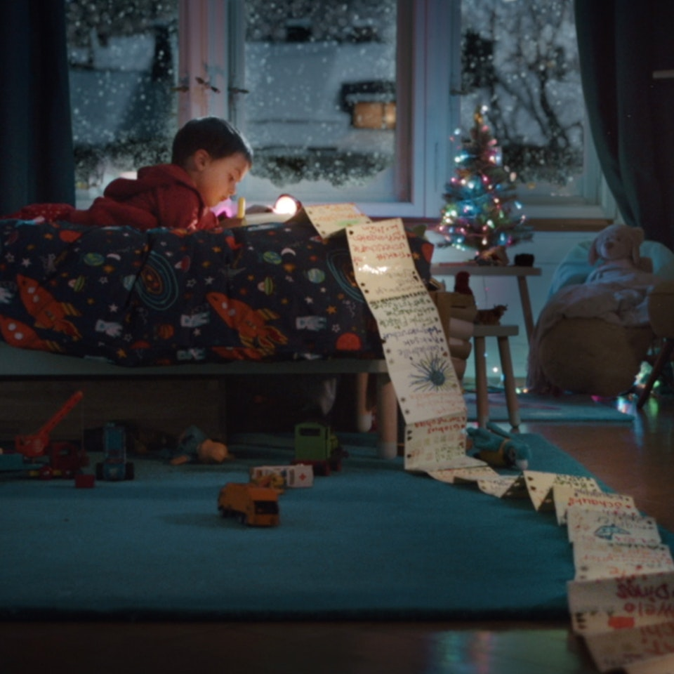 MIGROS - CHRISTMAS - COMMERCIAL - directed by Tobias Fueter