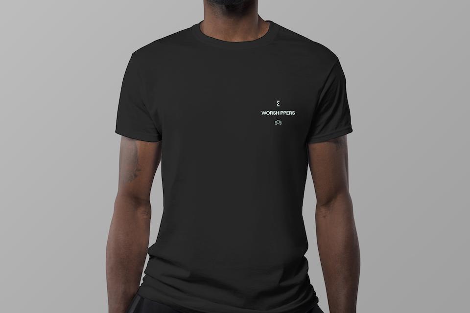 Calcul8 T-shirt Mockup 4