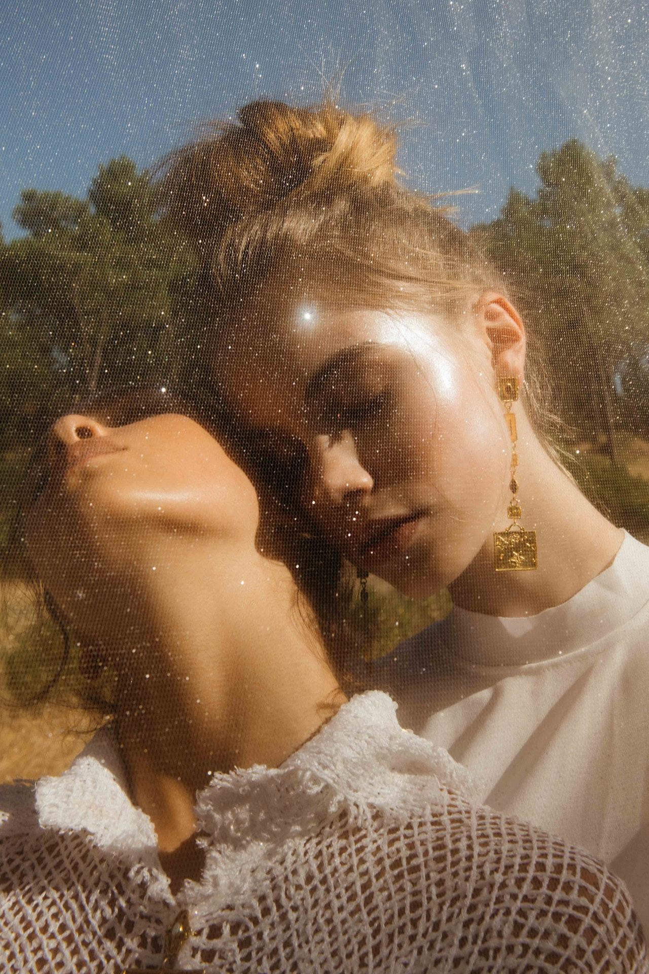 'GOLDEN GIRLS' - MEOW MAG