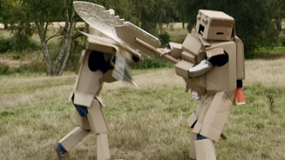 "BEN JOINER DIRECTOR OF PHOTOGRAPHY - Phones 4 You - ""Cardboard Warriors"""