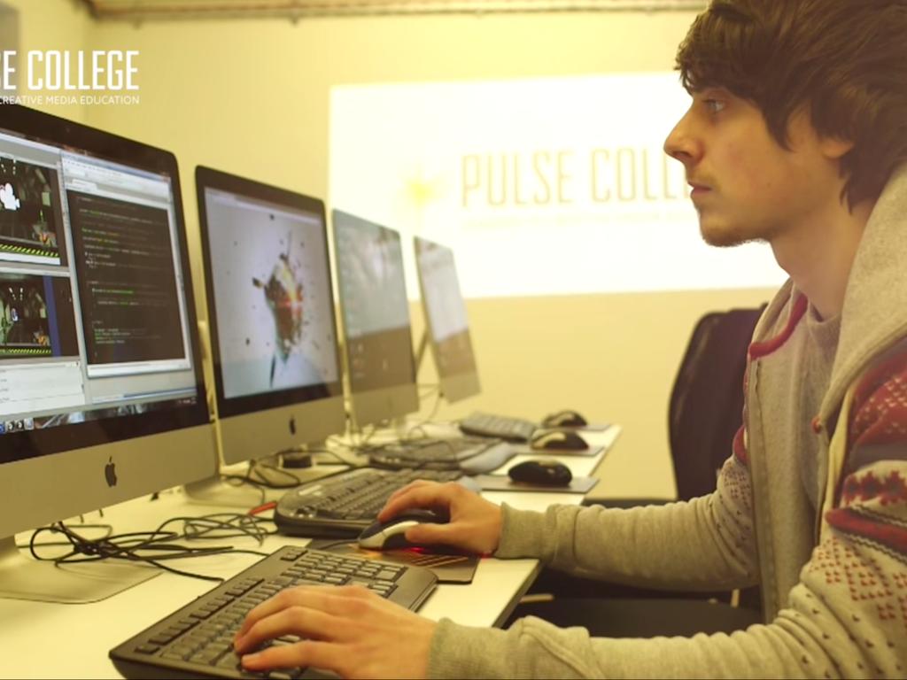 PULSE COLLEGE - PROMO 2015