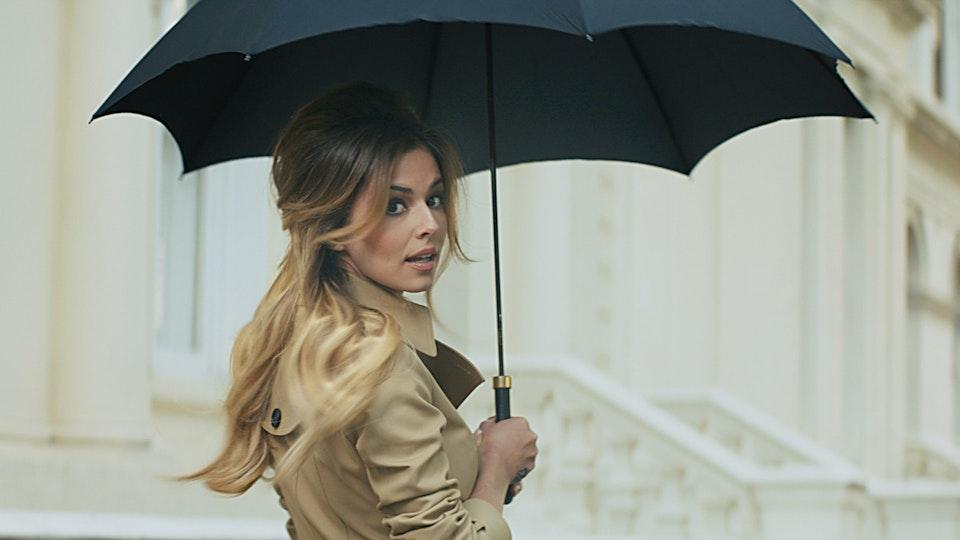 PLAYGROUND. Full Service Production Co. - 'Gold One' - L'Oréal Elnett