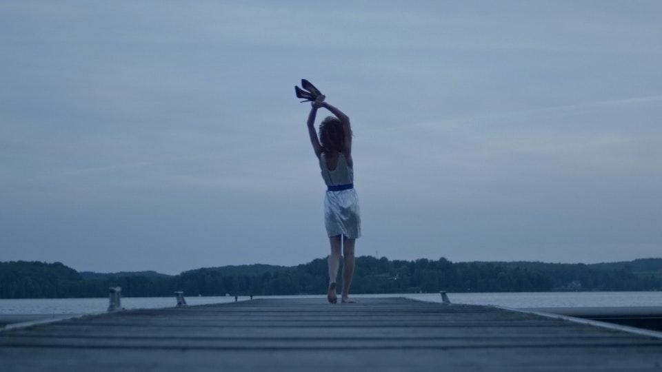 Raphaëlle Tinland - Director - SNEAK OUT MEMORIES