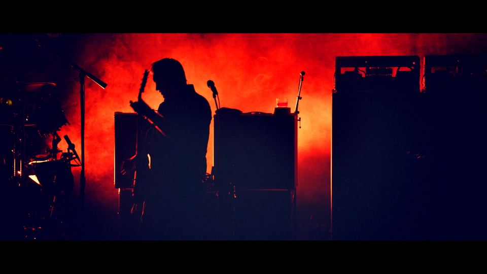 QUEENS OF THE STONE AGE // LIVE