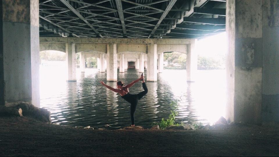 Be Free yoga30