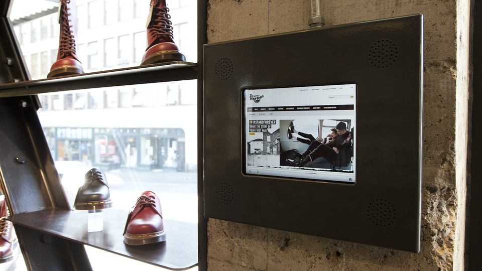 Studio Dooley - Dr. Martens: Retail Campaign