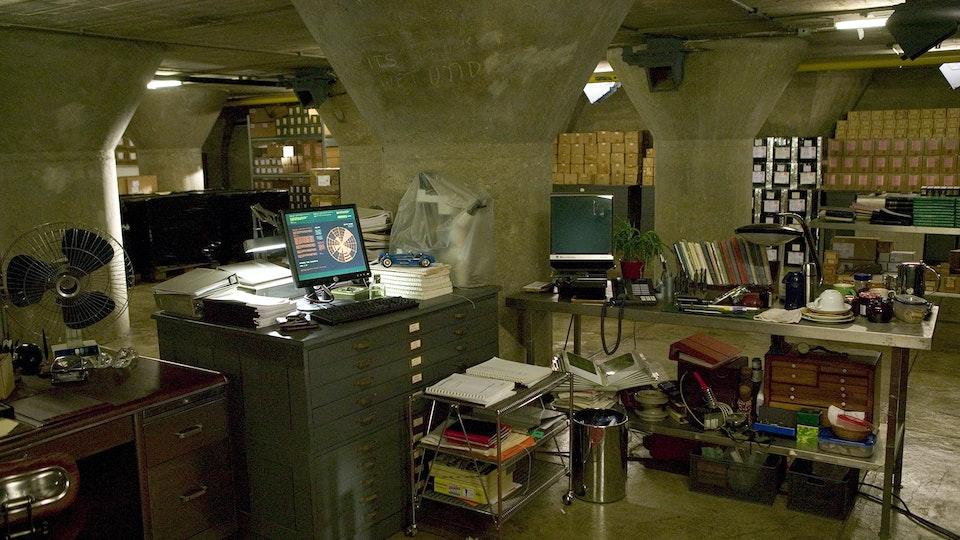BATMAN BEGINS Foxes Office in Applied Sciences