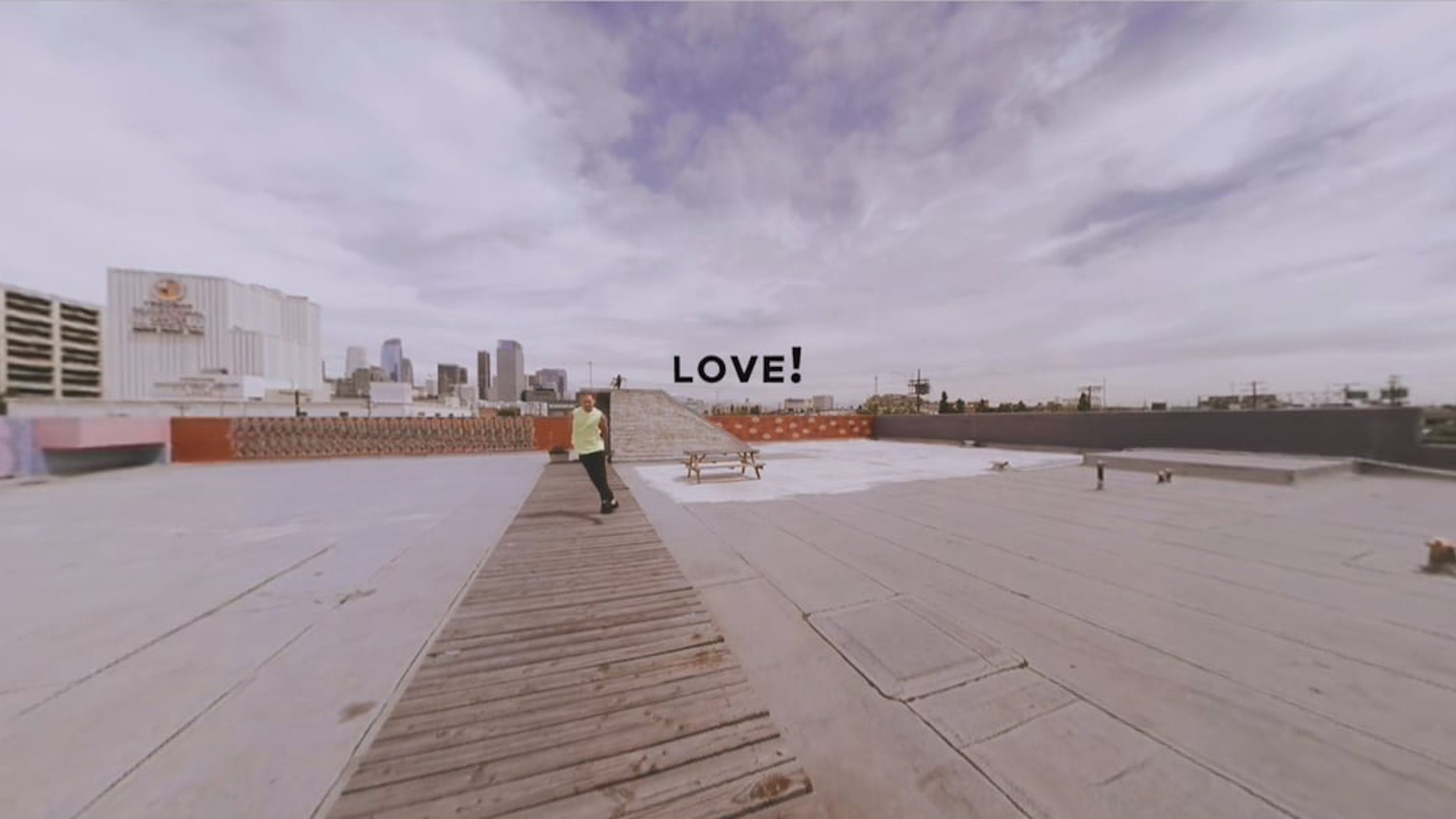 LOVE! (A Virtual Reality Dance Story -- 360 Video) - Jessica