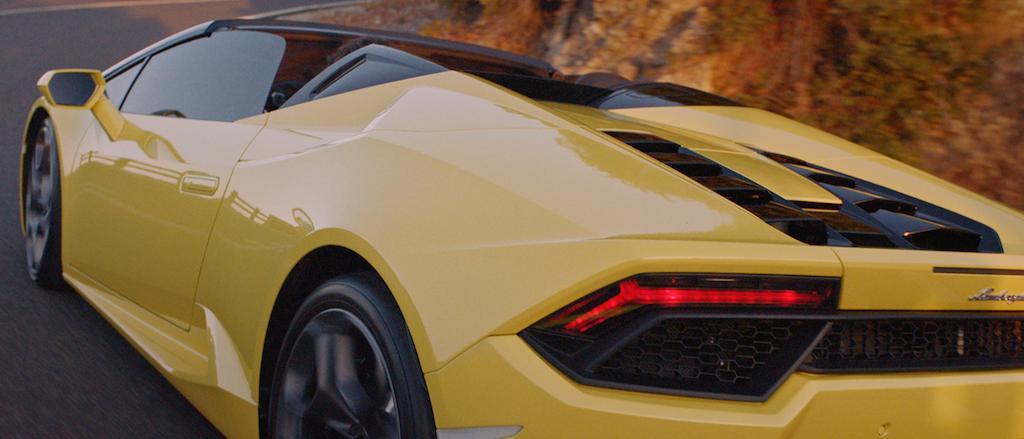 Lamborghini - Drive to the Sea