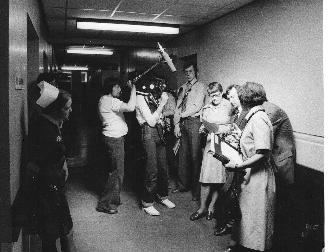 "MIKE SOUTHON :TERRY LUCKING :TIM KINGSHOOTING ""HOSPITAL' BBC 1976 BOLTON"