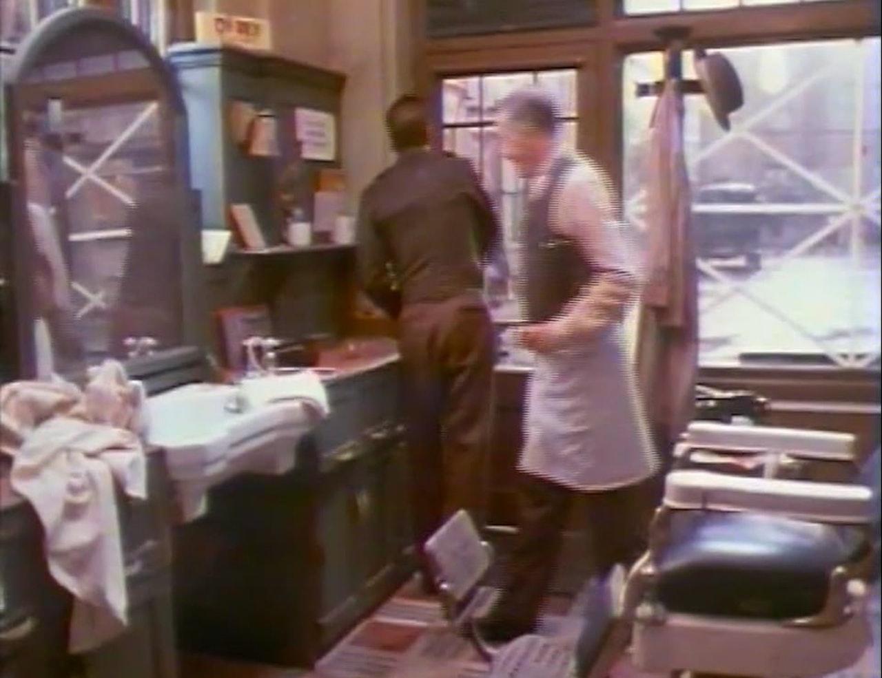 CHICAGO JOE & THE SHOWGIRL-  directed by Bernard Rose