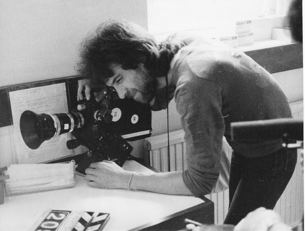 "MIKE SOUTHON SHOOTING ""HOSPITAL' BBC 1976 BOLTON 1"