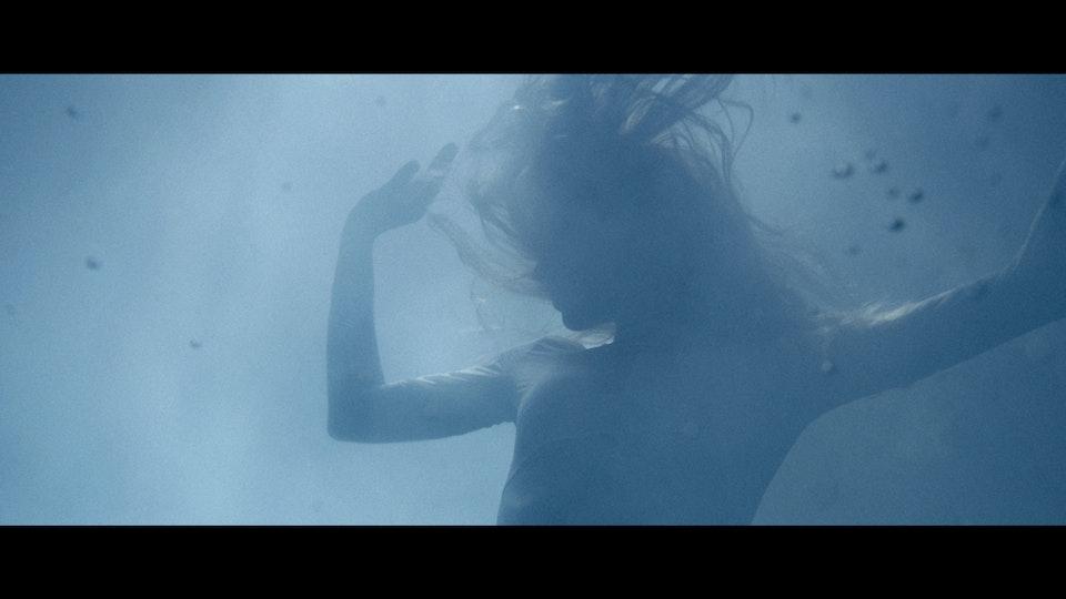 Rosie Lowe | Water Came Down