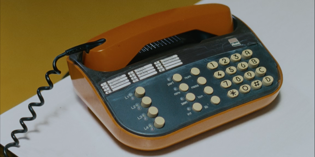 Yves Saint Laurent - The Call