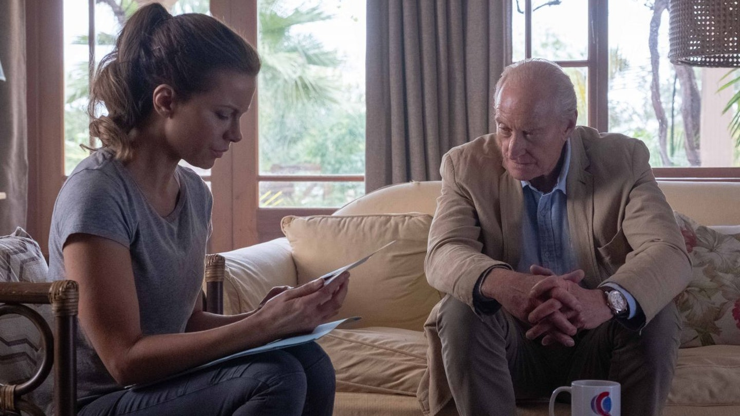 kate-beckinsale-the-widow-tv-series-photos-and-trailer-2019-0
