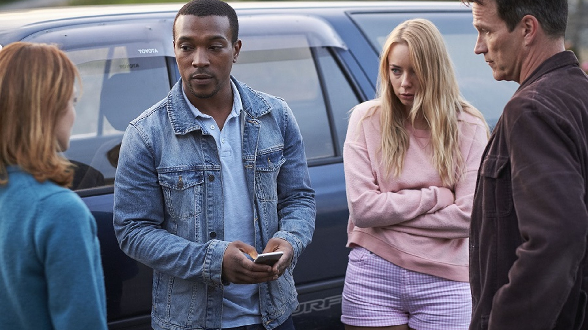 SAFE_HOUSE_EP1_STEPHEN MOYER as Tom Brook, ZOE TAPPER as Sam, SACHA PARKINSON as Dani and ASHLEY WALTERS as John.