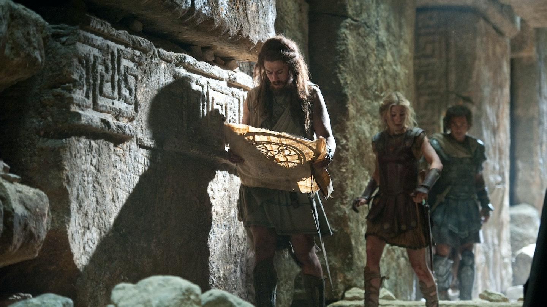 wrath-of-the-titans-toby-kebbell-rosamund-pike-sam-worthington