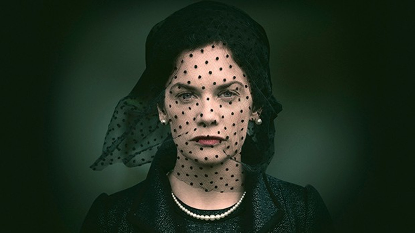 Ruth-Wilson-in-Mrs-Wilson-1f9529c