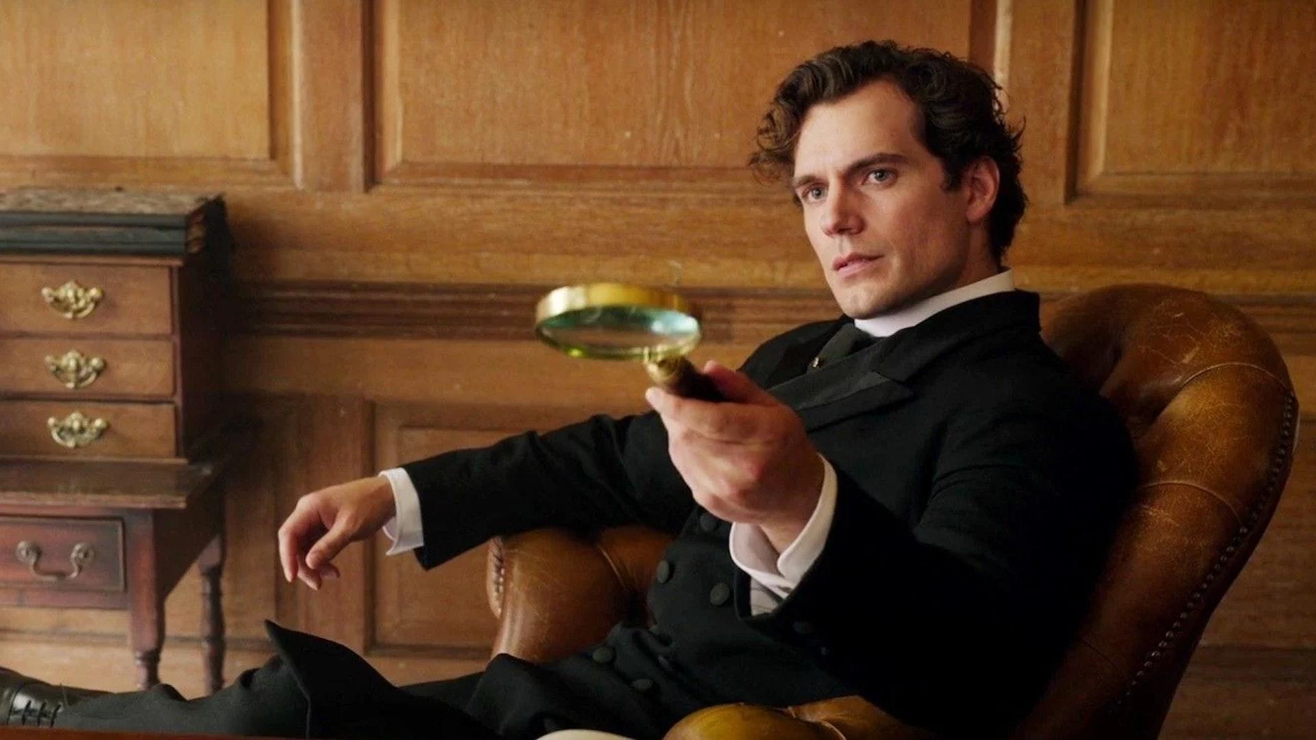 Enola-Holmes-Sherlock-Magnifying-Glass
