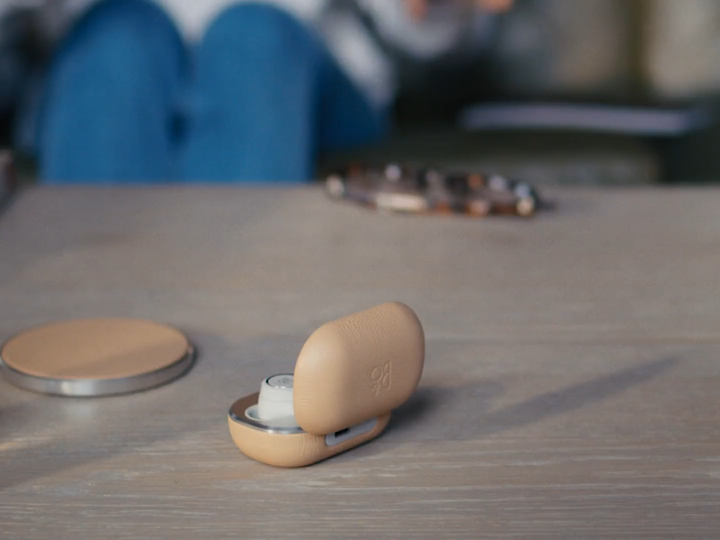 """Bang & Olufsen """"BeoPlay"""" (Commercial)"""