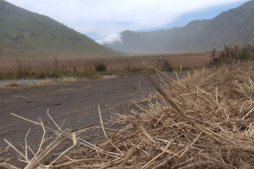 Videos - Cycling accross Bromo (Indonesia)