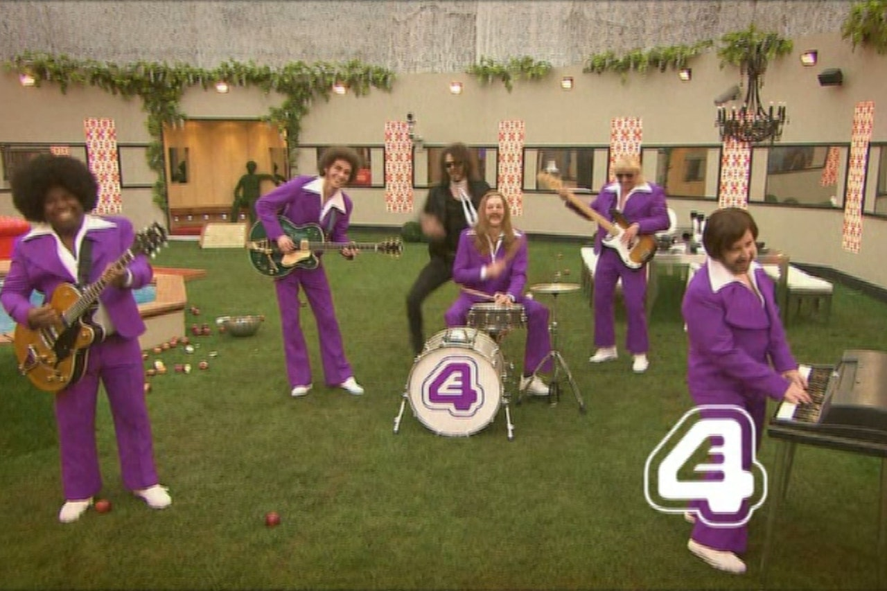 E4 CONTINUITY BAND IDENT RUSSELL BRAND SMASH
