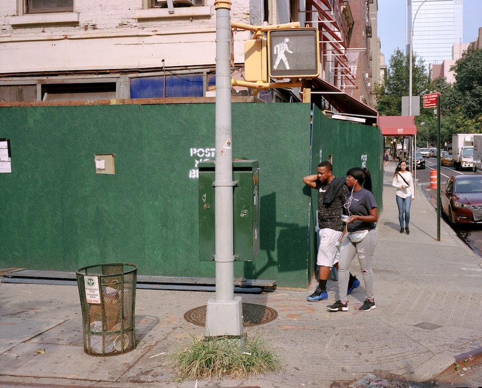 DOG DAYS, NEW YORK CITY 65160003