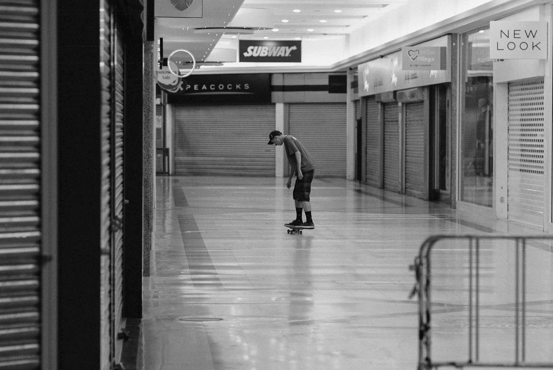 Stratford_Centre_Skaters_Lighter-24