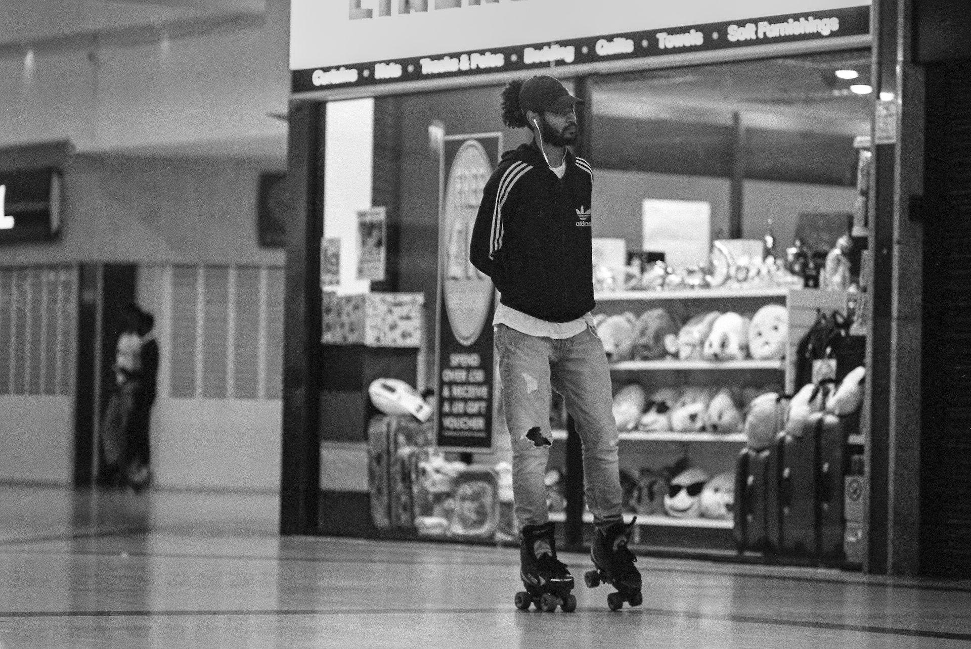 Stratford_Centre_Skaters_Lighter-35