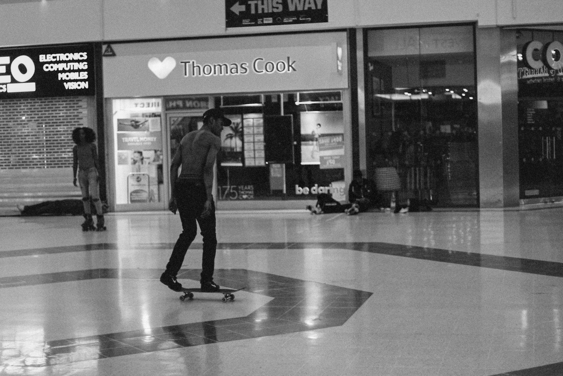 Stratford_Centre_Skaters_Lighter-46