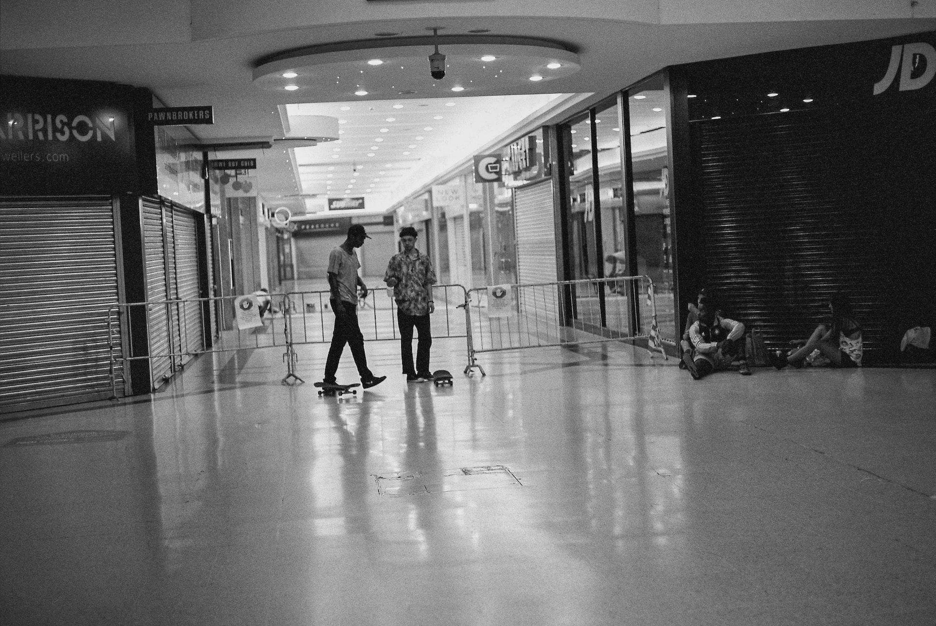 Stratford_Centre_Skaters_Lighter-30