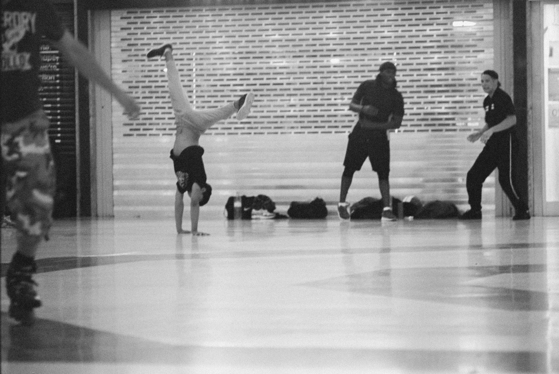 Stratford_Centre_Skaters_Lighter-42