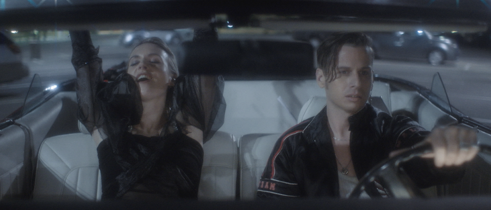 MØ feat. FOSTER THE PEOPLE - BLUR -