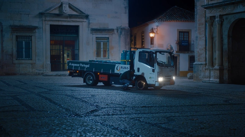 Jon Neves - RUBIS GAS | DELIVERY
