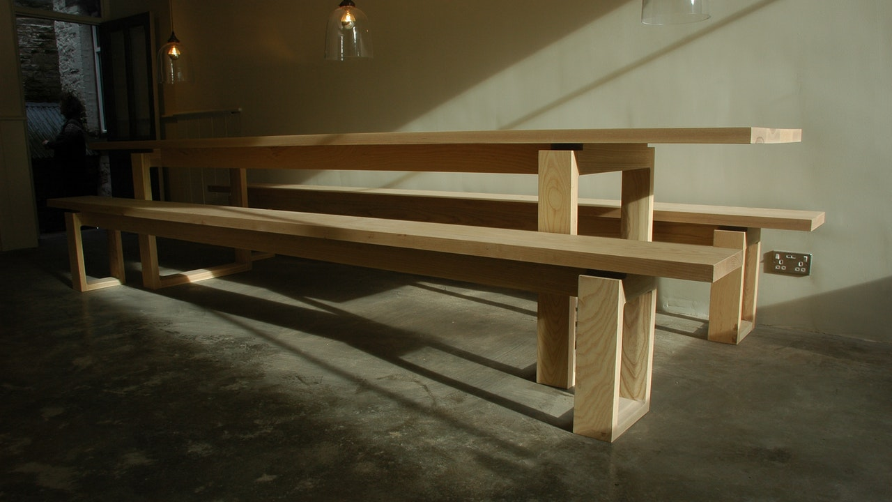 Ash Gallery Table