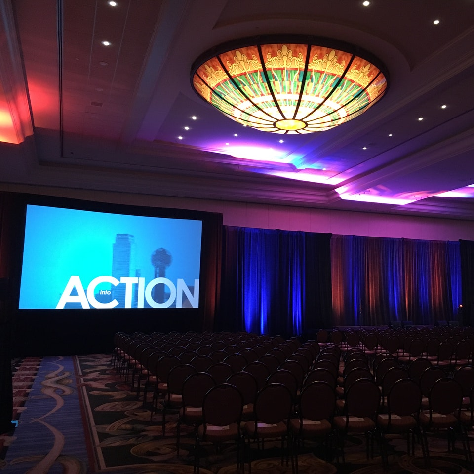 Hugo Dominguez - Into Action Event Dallas