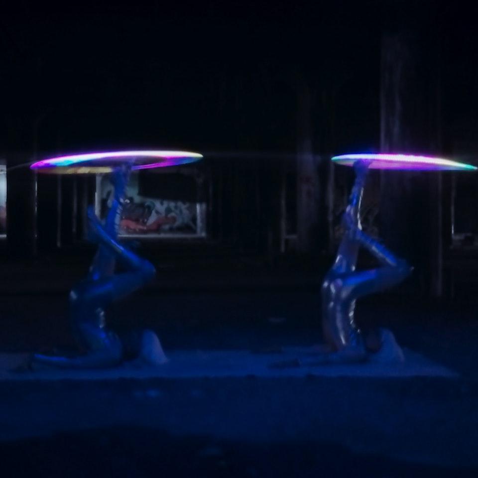 Spin Starlets - spin_starlets_12