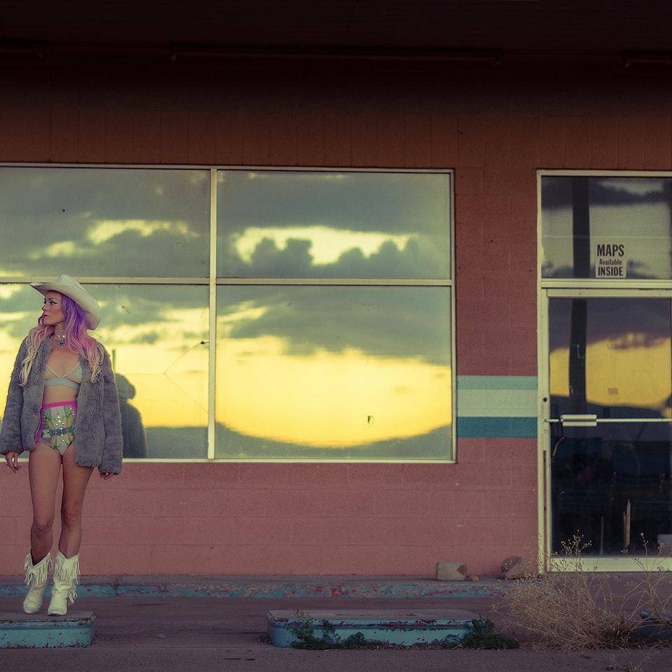 Desert Darling AbandonedMotel-5_web