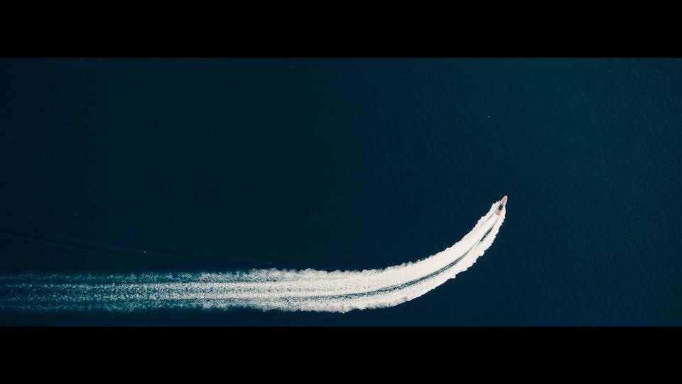 PIRELLI - Speedboat - Screenshot 2019-04-23 at 01.24.33