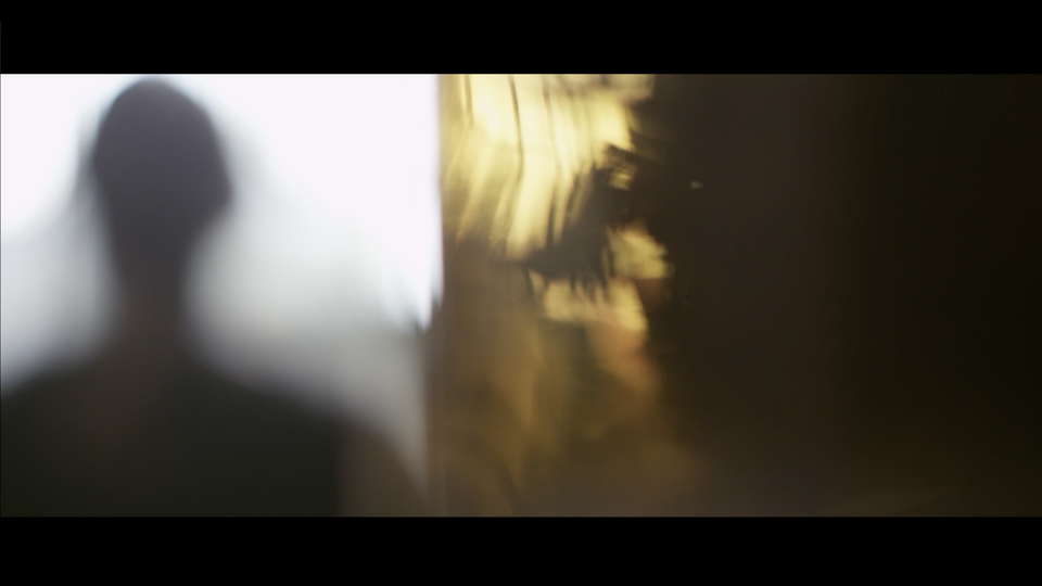 BELLA & AZZI - Le parfume de ma vie Screen Shot 2017-11-20 at 12.26.29 AM