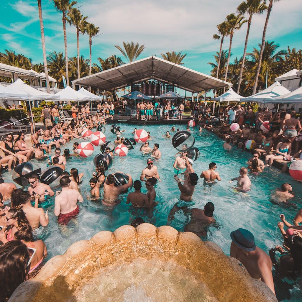 DJ Mag Miami Pool Party