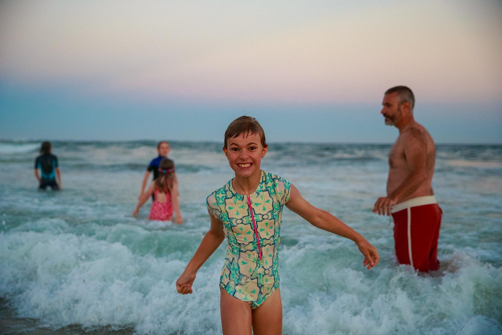 Diamond Bullet - Family enjoying beach