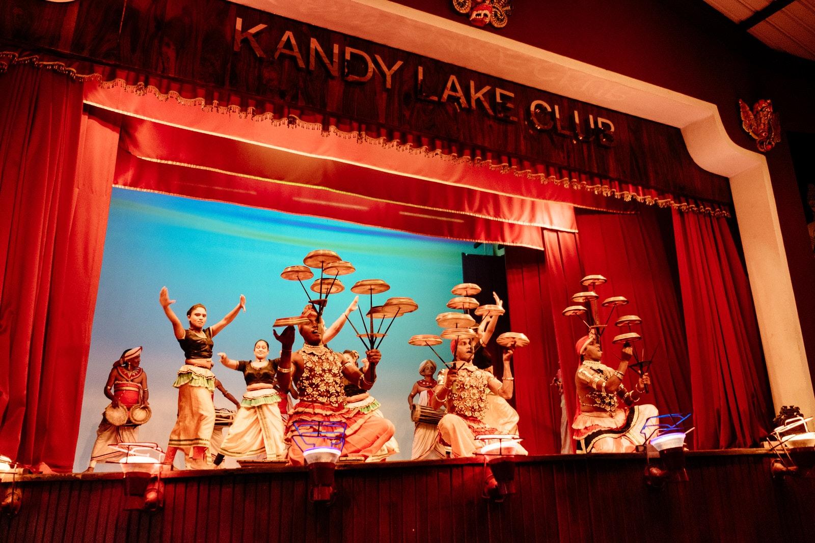 Diamond Bullet - Kandy Lake Club
