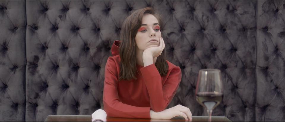 Gran Meliá - Lady In Red